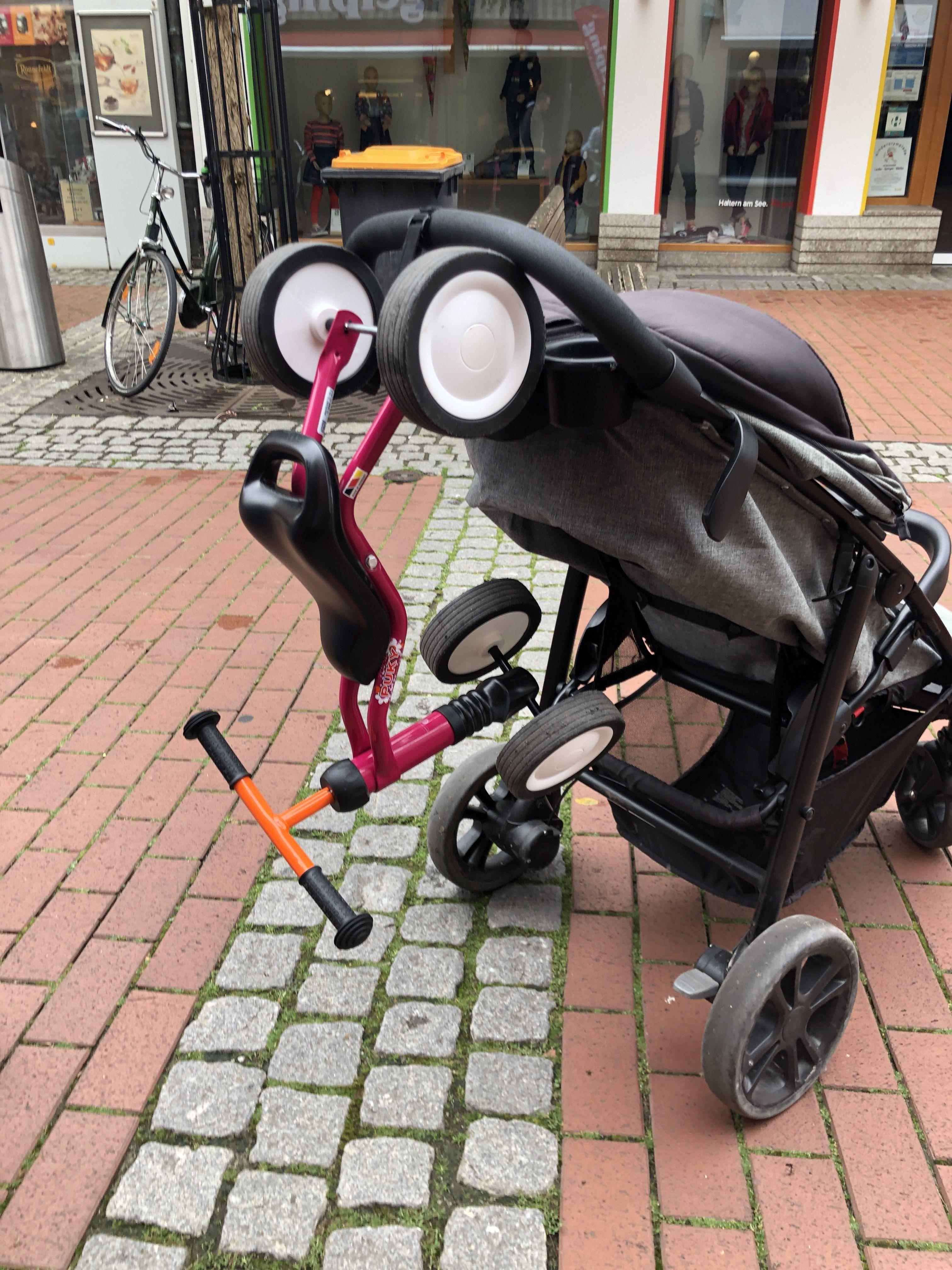Puky Wutsch am Kinderwagen befestigen zum dranhägen