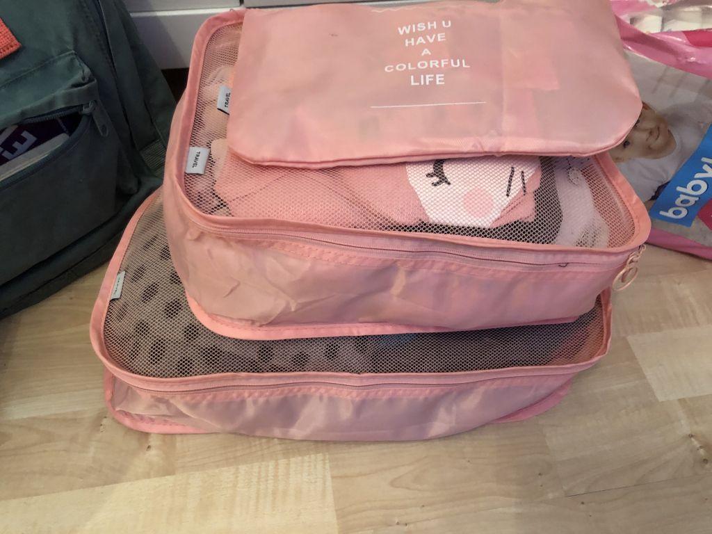 Packwürfel für mehr Übersicht im Koffer