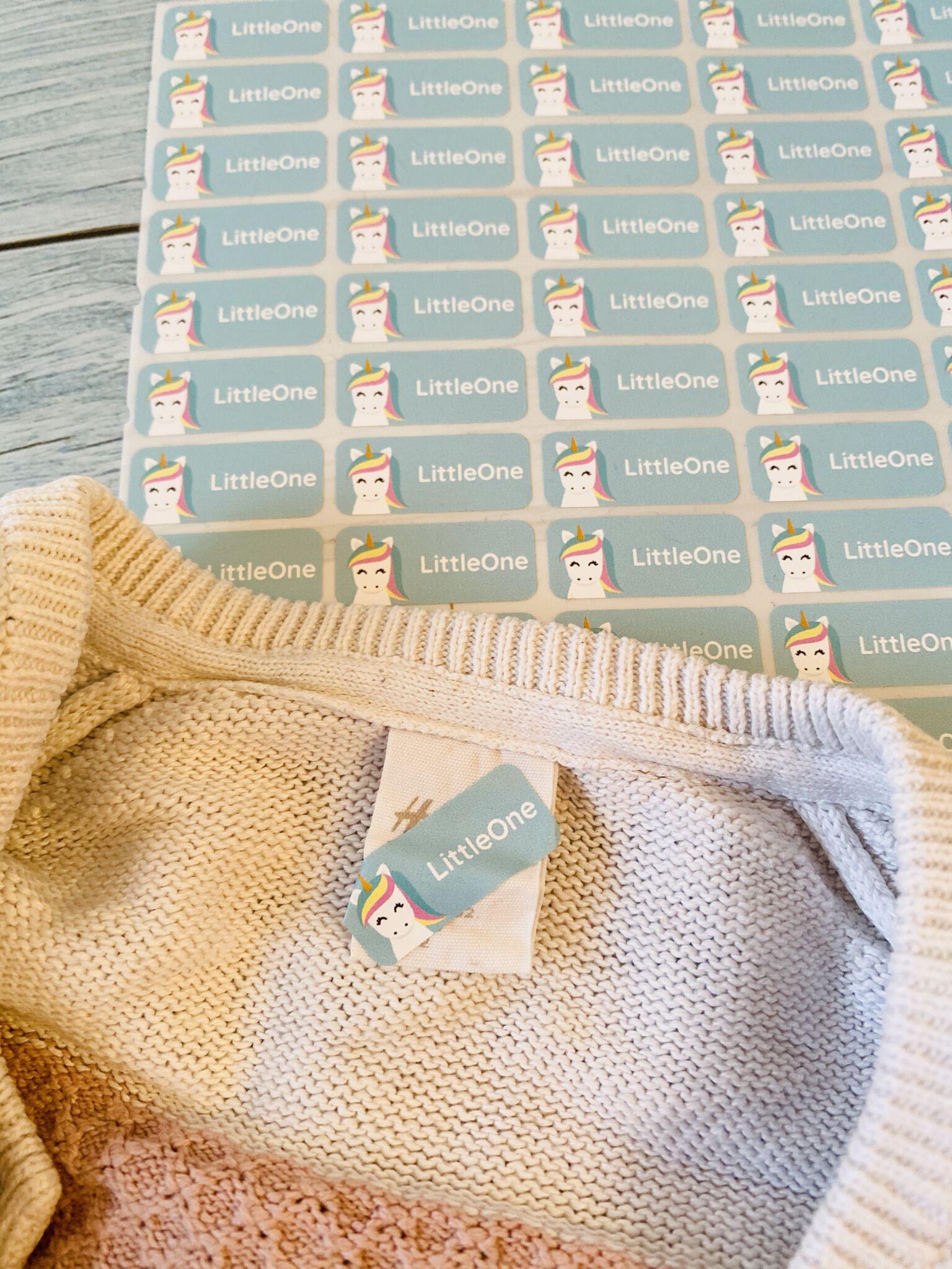 Kleberlie markierte Kleidung für Tagesmutter oder KITA