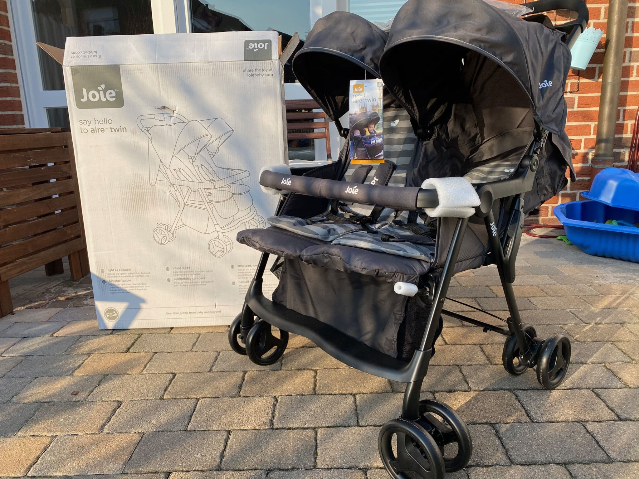 Zwillingsbuggy Joie Air Twin